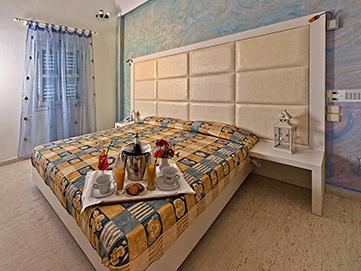 hotel kamari santorini | Sellada Apartments